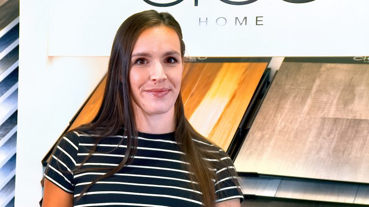 M&M_S23E01_Evelyn Janz_Advice on Selecting Flooring
