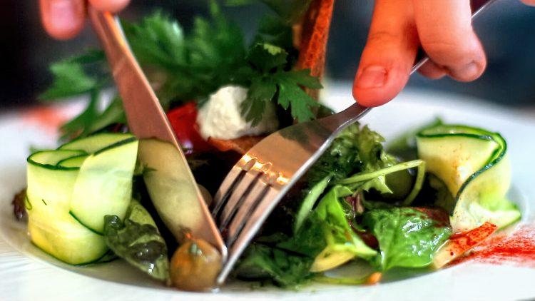 M&M_S23E02_Mark McEwan_Healthy Cooking Tips