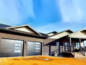 M&M_S24E04_Cory Warms_Net Zero Modular Home