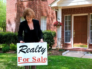 M&M_S24E05_Marcia Bergen_3 Question to Ask Your Real Estate Agent