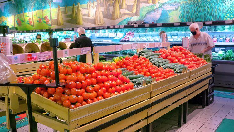 M&M_S24E10_Espedito Ariganello_Starsky Fine Foods Showcase