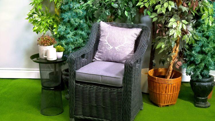 M&M_S24E11_Outdoor Patio Side Table DIY