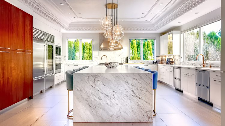 M&M_S25E01_Andrea Burgos_Beautiful Home Design