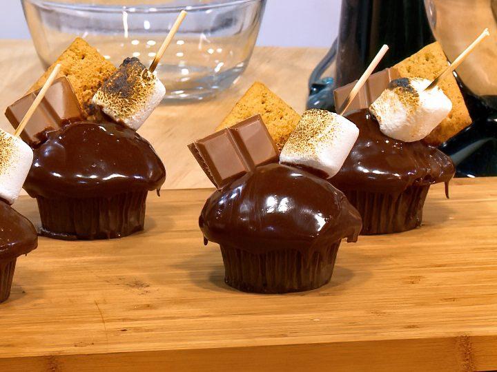 M&M_S25E09_S'Mores Cupcakes 1